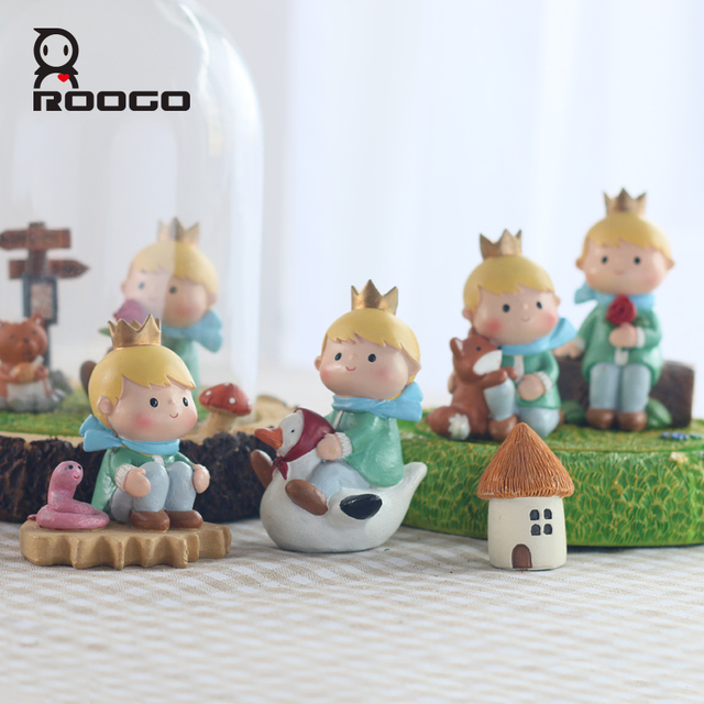 Roogo Home Crafts Cartoon Little Prince Lovers Birthday Gift Decoration Small Boy With Animal Ornament