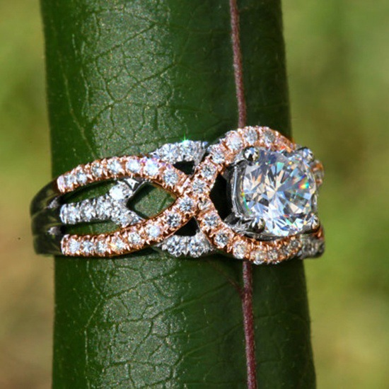 New Hot Sale Rose Gold Plating Color Ring for Europe and the United States Micro inlaid Simulation Wedding Engagement Rings in Wedding Bands from Jewelry Accessories