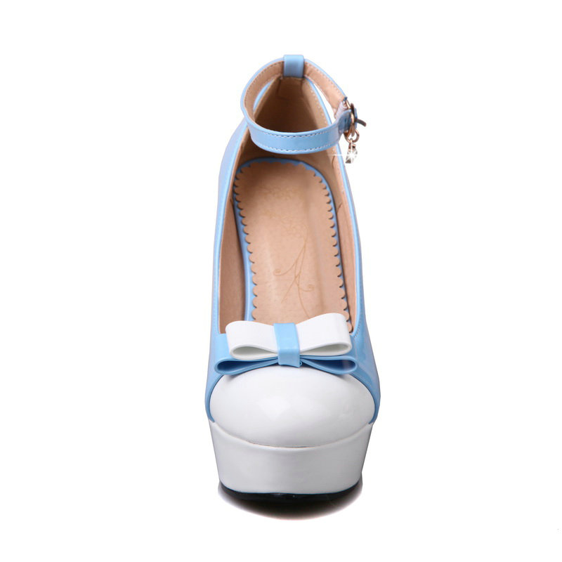 حذاء بكعب الجلود فردي