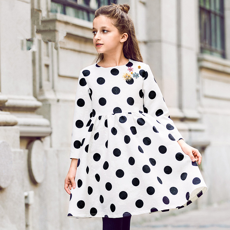 European and American children's clothing autumn new girls black and white dot long-sleeved dress fashion princess dress new 2017 winter cotton coat women slim outwear medium long padded jacket thick fur hooded wadded warm parkas winterjas cm1634