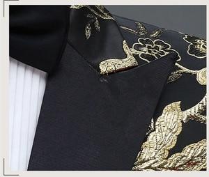 Image 3 - זהב פרח ציפור רקמת שמלת חליפת גברים Slim Fit כפתור אחד Mens חליפות עם מכנסיים שלב נשף חתונה חתנים תלבושות homme 4XL