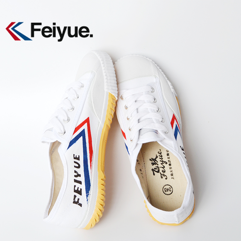 Classic Kung Fu Shoes Feiyue Breathable Sneakers Tai Chi Kung Fu Slipper Martial Art Taekwondo Shoes Men Chinese Kung Fu Shoes