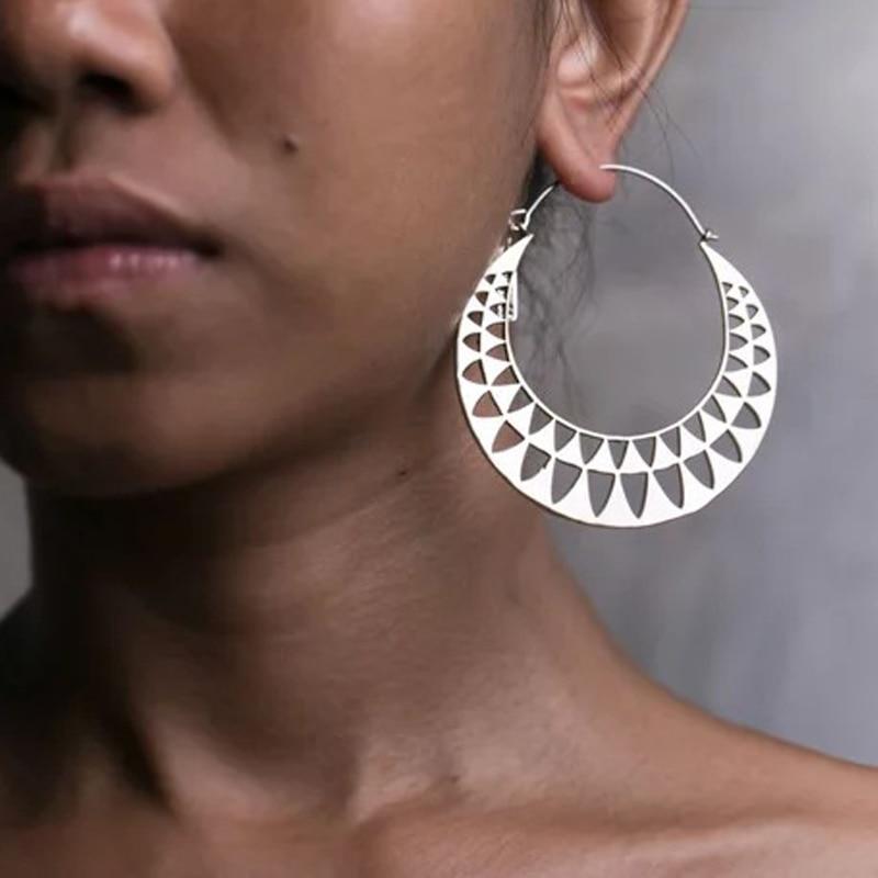 2018 High Quality Meatl Round Hoop Earrings For Women Boho Ethnic Antique Gold Silver Big Hook Earrings Women Indian Jewelry