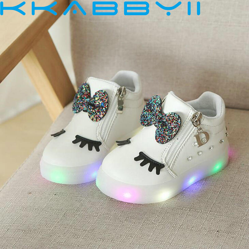 Hot Sale Children Glowing Shoes Kids Princess Girls Led Shoes Spring Autumn Cute Baby Sneakers Shoes Eu Size 21-30Hot Sale Children Glowing Shoes Kids Princess Girls Led Shoes Spring Autumn Cute Baby Sneakers Shoes Eu Size 21-30