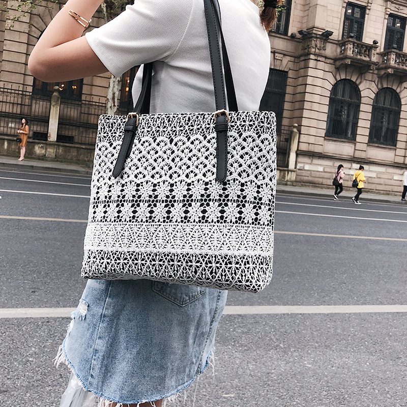 2e3ed25c3209a 2018 New Arrival Women Shoulder Bag Trend Lace Floral Tote Female Handbag  Sweet Lady Tote High Quality Luxury Beach Bags Shopper-in Shoulder Bags  from ...
