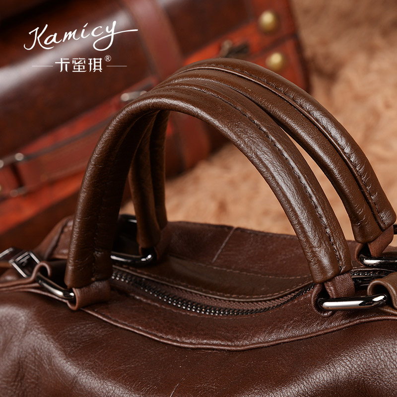 69743ae380d4 Kamicy brands Women bags 2018 summer new lady handbags leather large single  shoulder bag accept pure color female bag-in Shoulder Bags from Luggage    Bags ...
