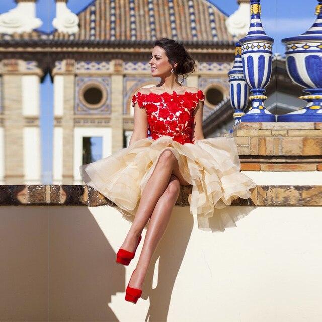 9838a91cb7 De encaje rojo Applique vestido corto de baile envío rápido barco escote  Champagne corto atractivo del
