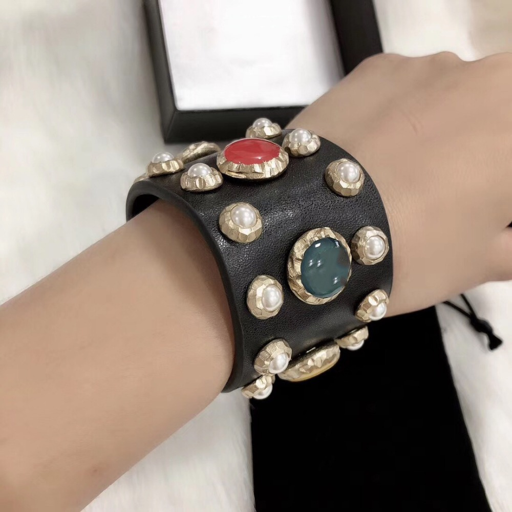 Hot Brand Gold Color Fashion Jewelry For Women Leather Colorful Beads Bracelet Fashion Praty Jewelry C Letter Genuine LeatherHot Brand Gold Color Fashion Jewelry For Women Leather Colorful Beads Bracelet Fashion Praty Jewelry C Letter Genuine Leather