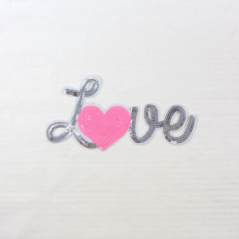 Embroidered patches for clothing letter heart LOVE badge applique sequins patch diy accessories Label patchwork free shipping