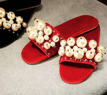 2018 Hot Sale Rivets Pearl Embellished Slippers Laides Wedding Party Summer  Dress Shoes Open Toe Flat Slides Women Wholesale ae026fde3972