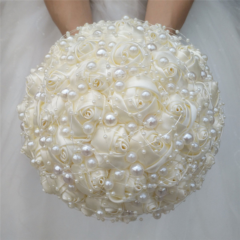 シニアアイボリー色の結婚式の花の高級ダイヤモンドパールの装飾花束人工ブライダルブーケさまざまなスタイルで  グループ上の ホーム&ガーデン からの 造花 & ドライフラワー の中 1