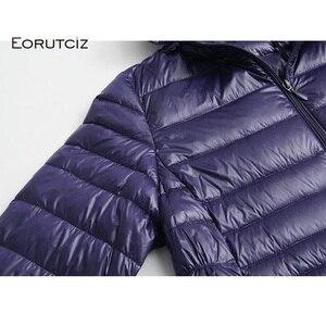 Image 5 - EORUTCIZ manteau Long en duvet de canard pour femme, grande taille 7XL Ultra léger, manteau à capuche Vintage noir chaud, automne LM143