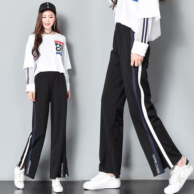 Бабу джинсах фото шикарных женских форм виляют попой фотки