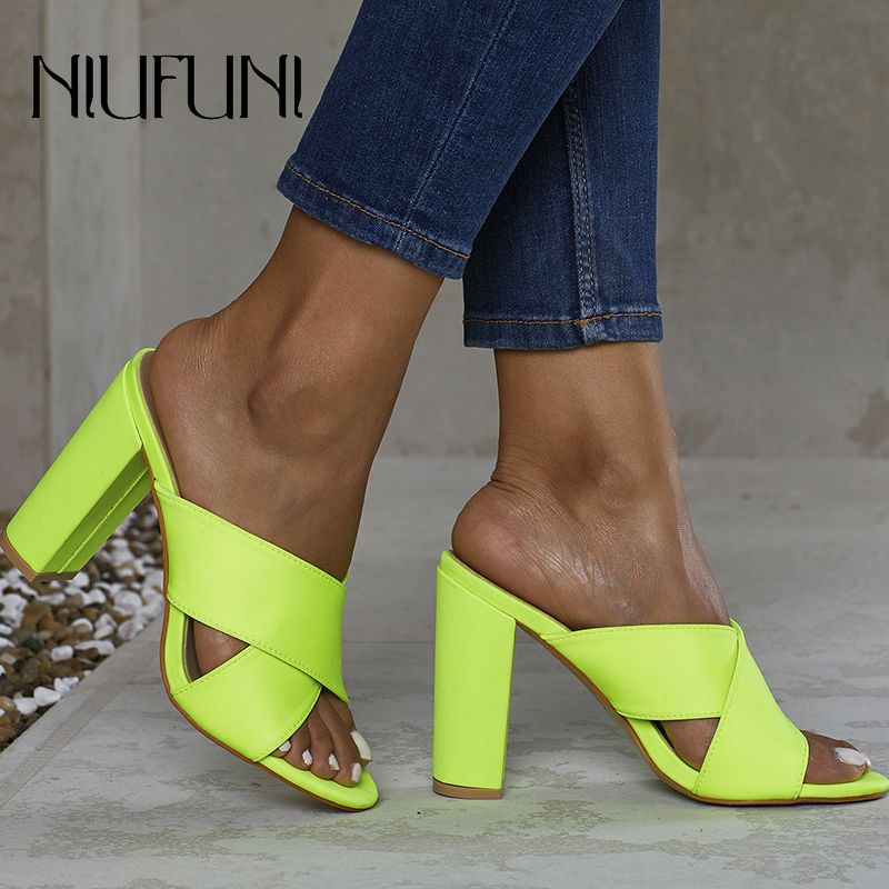 Fluorescence Women's Slippers Fashion Plus Size 35-42 Solid Color Sexy Sandals Thick High Heels 2020 Summer Ladies Casual Shoes