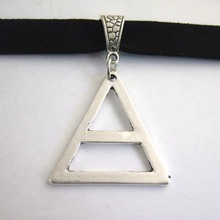 Triangle Chrams Pendant Choker Necklace