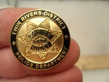 Most Popular badge makers Lower price custom  top quality name badges cheap police hot sales pins FH680107