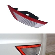 Car Right Rear Bumper Reflector Lights Rear Fog Lamp Auto Bulb Assembly for Ford 2009-13 Focus Hatchback