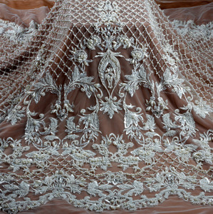 La Belleza 2018 fashion design heavy handmade beading lace fabric 1 yard(China)