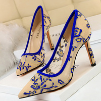 Dress Shoes Women Embroidered Ladies Heels Pumps Women Shoes Fetish High Heels Tacones Luxury Shoes Women Designers Black Heels