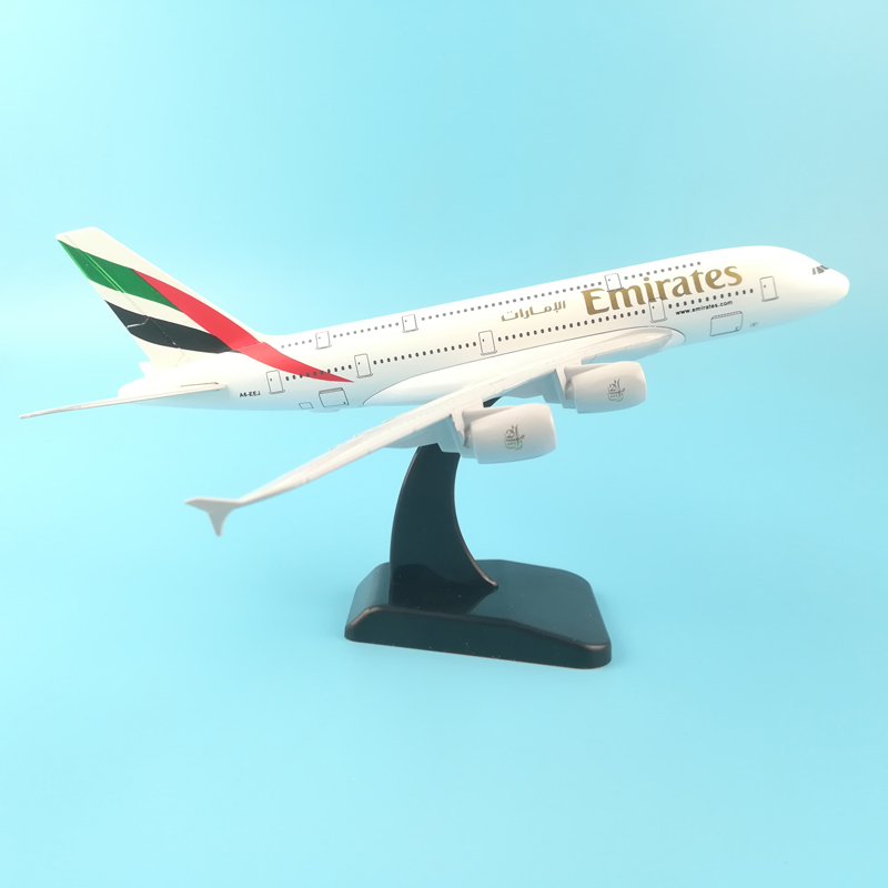 20CM plane model Boeing 380 emirates airline aircraft A380 Metal Solid simulation airplane model for kids toys Christmas gift