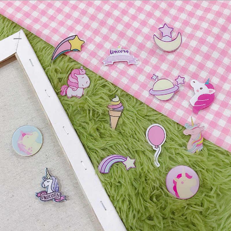 С изображением героев из мультфильмов, 1 штука, милые значки акриловые Значки для рюкзак значки, одежд Пластик значок Kawaii брошь на булавке значок