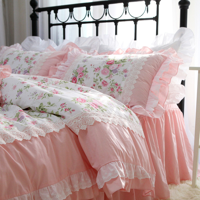 Romantic Embroidery bedding set rose print bedding ruffle lace bed set princess king bedding set cotton