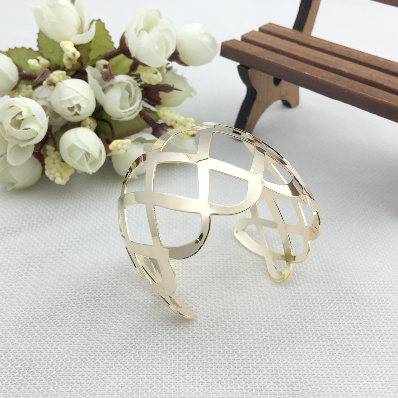 Wholesale Fashion Exaggeration Cross Square Gold Pated Punk Hip Hop Bangles Upper Arm Bracelet Jewerlry For Women