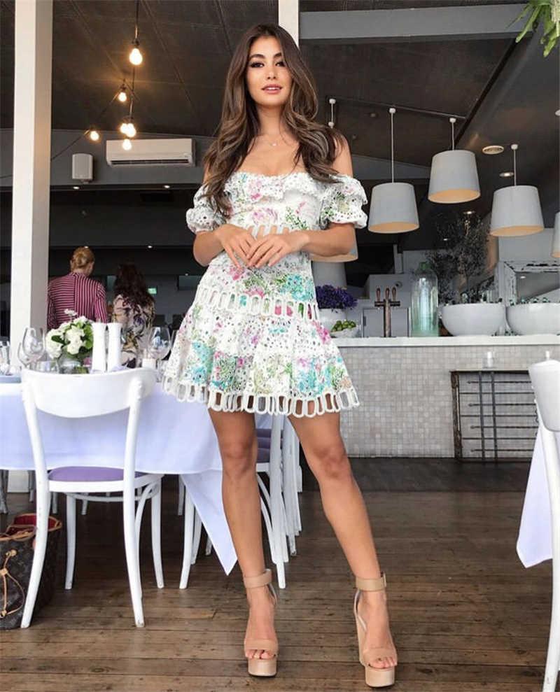 Подиумное платье 2019, летнее женское высококачественное Роскошное дизайнерское сексуальное кружевное мини-платье с вырезом через шею, женское платье в стиле бохо с принтом