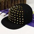 Бесплатная Доставка Корейской моды новый мужской плашмя вдоль золото и щепка заклепки Cap Hat хип-хоп бейсболки factory outlet оптовые