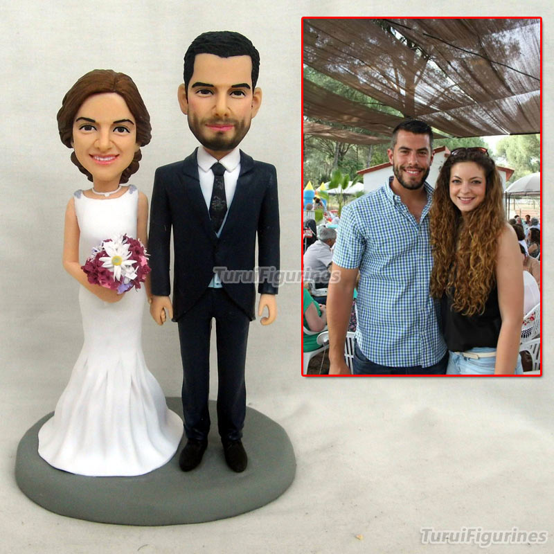 doll figurines Love you more Bride Groom kissing romantic wedding cake topper minature from photo picture wedding party favor