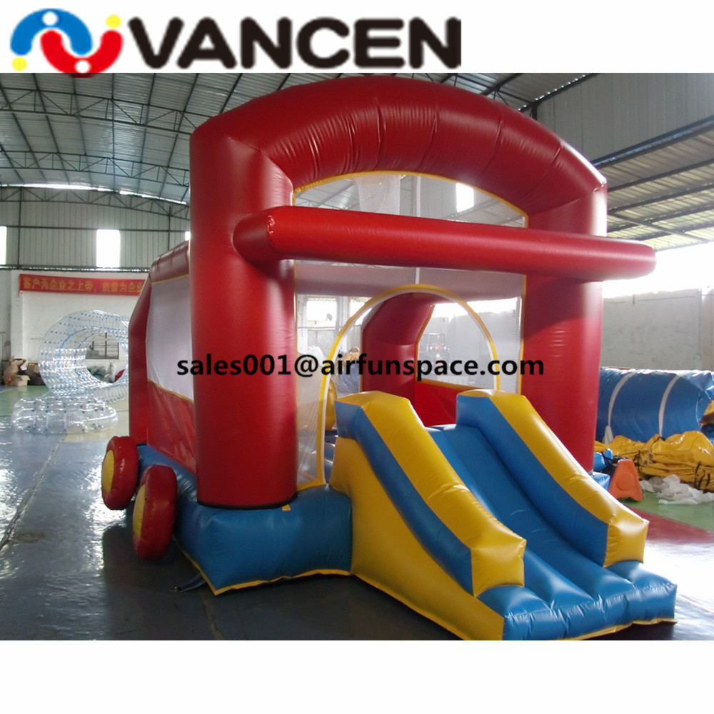inflatable jumping castle25