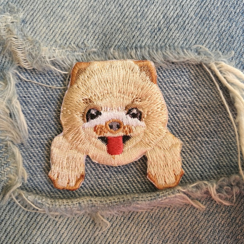 1 PIC 4.0*4.2CM Embroidered Cloth STICKER Computer Embroidery Chapter Back Glue POMERANIAN DOG Clothes Decorative Patch