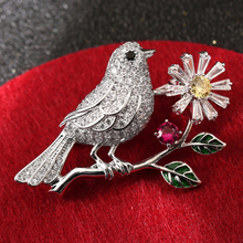 Luxury Full Zircon Birds on Branch Brooches Crystal Flower Enamel Green Leaves Pin Collar Bouquet Brooch Pins Animal Jewelry