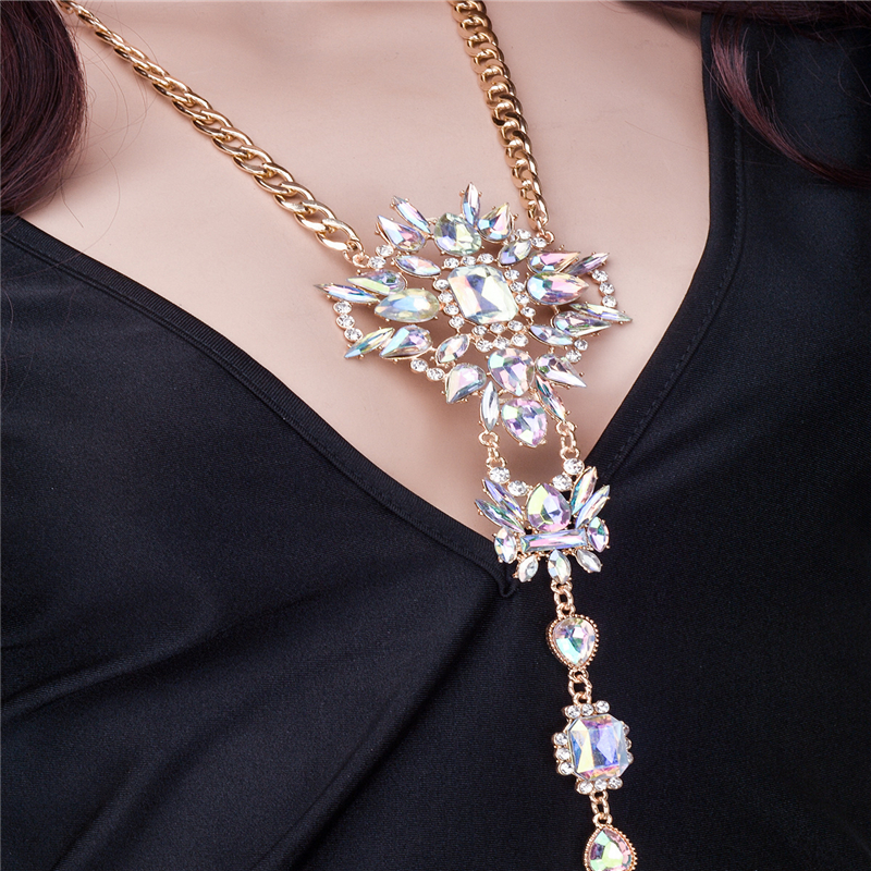 Luxury Bikini Rhinestone Body Chain 1Pcs Gem Pendant Jewelry Harness Crystal-in  Body Jewelry from Jewelry   Accessories on Aliexpress.com  18efe9b4989f