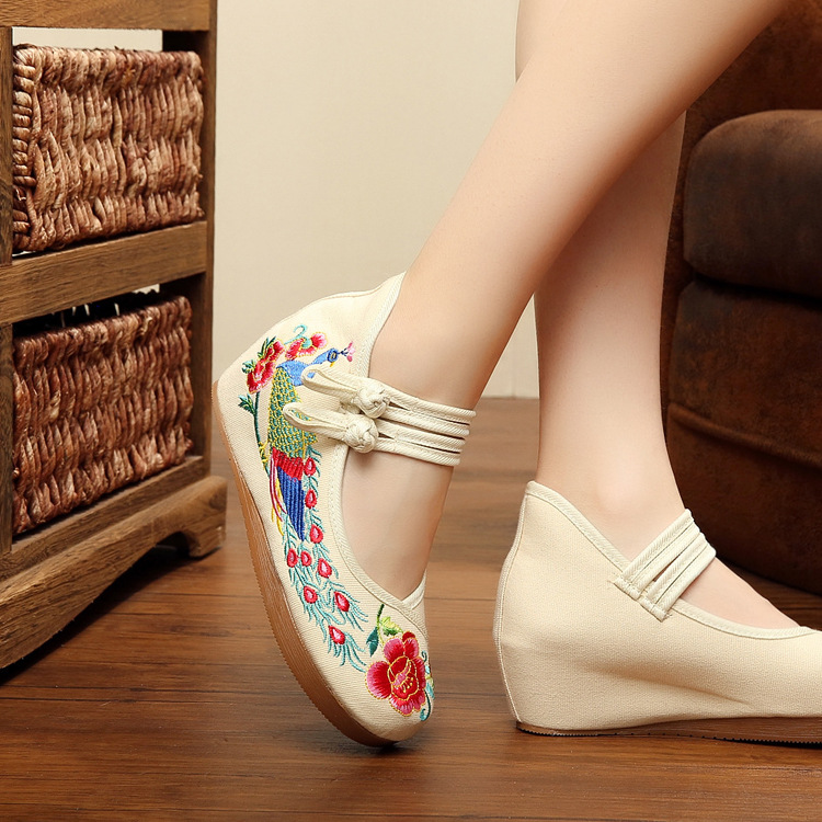 White Old Beijing Embroidered Women Shoes Mary Jane Flat Heel Denim Chinese Style Casual ...