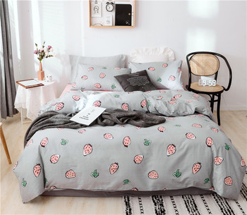 Comforter Bed Set Cotton Printed Bedding Sets Bedding Set Pillowcases Duvet Cover Bed Sheet Gray Base With Strawberries