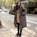 Apuramento New Coreia Do estilo de inverno do sexo feminino casual cor sólida longo parkas gola de pele do falso com capuz de algodão de manga completa regular NHB-001