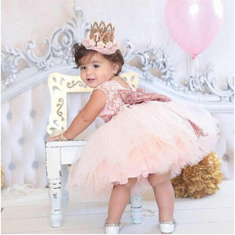 392490727 Vestido de bebé con lazo dorado de princesa sin espalda rosa para bautizo  de niña 1