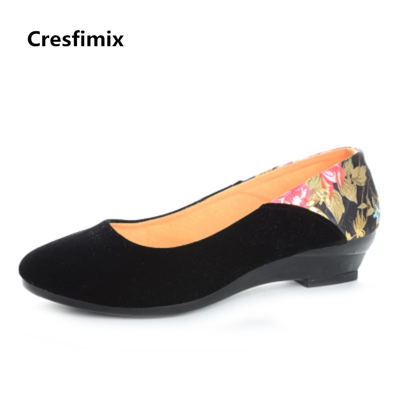 Cresfimix sapatos femininas women casual black spring & summer flat shoes lady leisure floral slip on flats female cute shoes spring summer flock women flats shoes female round toe casual shoes lady slip on loafers shoes plus size 40 41 42 43 gh8