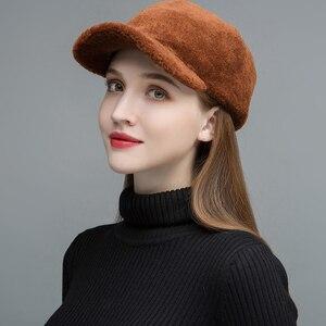Image 3 - Gors chapéus de pele feminina real sheep shearing bonés forro de algodão quente no inverno moda preto viseiras de lã nova chegada glh023