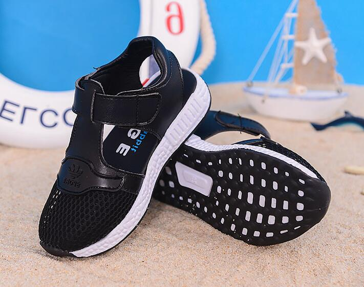 Hot fashion 2017 summer trend new girl sandals soft bottom lie fallow beach shoes boys sandals
