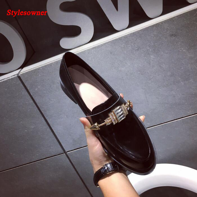 935b0090b38 Stylesowner Diamond Buckle Flat Women Shoes New Coming Shiny Leather Casual  Loafer Shoes Cozy Lady Trendy Leather Flat Shoes
