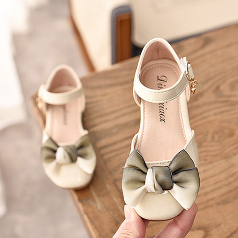 1 2 3 4 5 6 8 9 10 11 Years New 2019 Little Girls Summer Bow Patent Leather Party Wedding Dress Shoes For Kids Girls Sandals