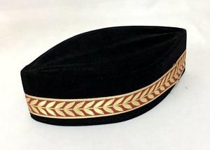 Image 5 - 4 sztuk/worek (szczegóły wyboru prezentu) muzułmańskich mężczyzn Cap Turban czarny islamski kapelusz (ozdobna granica losowo) Pleuche może mieszać rozmiary