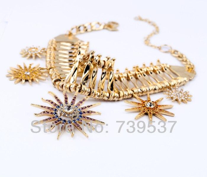 Acessórios Pingente de Colar de Concha De Cristal De Luxo Cor de Ouro da moda  Colar Colar Para As Mulheres Por Atacado 82359c6f17