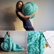 ZENGIA Super Bulky Arm Knitting Wool Roving Knitted Blanket