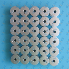 30 GAMMILL TIN LIZZIE PFAFF QUILTER LARGE ALUMINUM BOBBINS WITH HOLES # 18034AS 30PCS