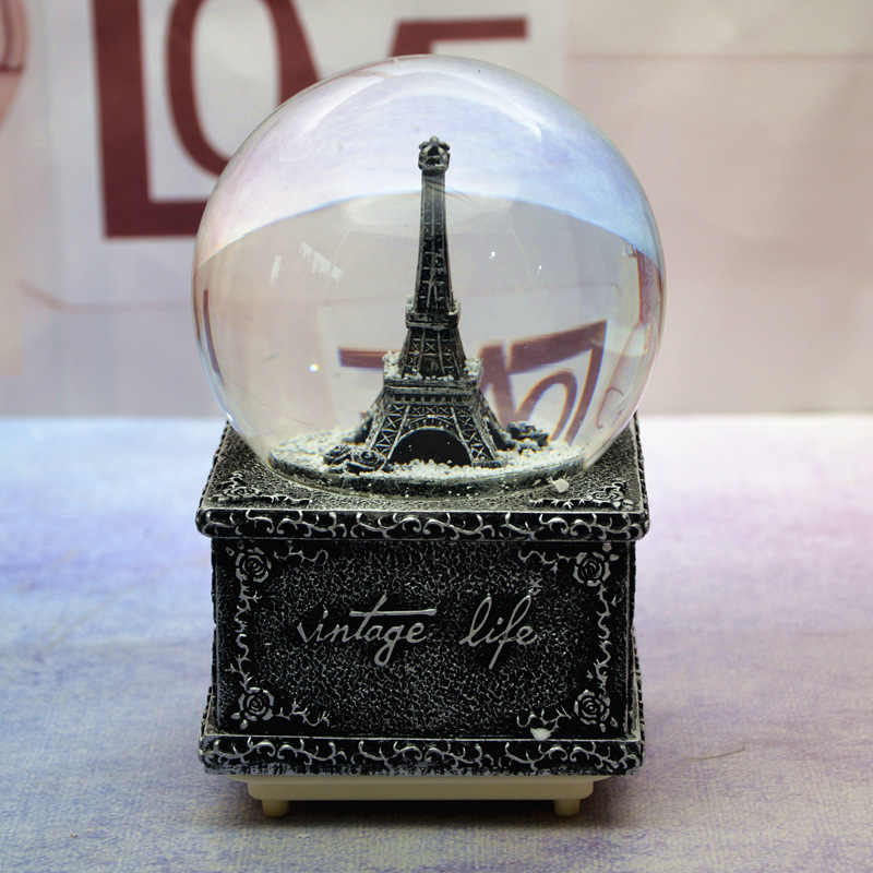 12*8CM צרפת מגדל שלג גלוב זכוכית קריסטל כדור מוסיקה תיבת מלאכת בית שולחן העבודה קישוט חתונה חג המולד חדש שנה מתנות