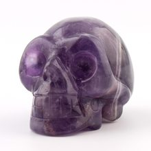Natural Stone Carved Skull Chakra Figurine Purple Crystal Healing Feng Shui Reiki Free Pouch(China)