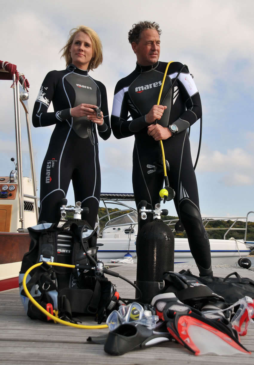 Mares Reef 3mm Wetsuit for Multiple Surface Water Sports Men's and Women's mares cyrano stealth 550